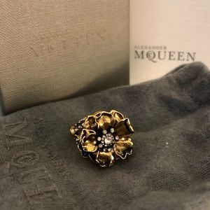 💖 AUTHENTIC Alexander McQueen Cocktail Ring 💖
